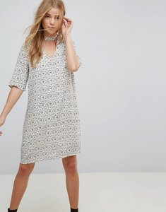 Read more about Vero moda choker detail printed shift dress - whitecap gray