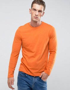 Read more about Asos long sleeve t-shirt with crew neck in orange - basketball orange