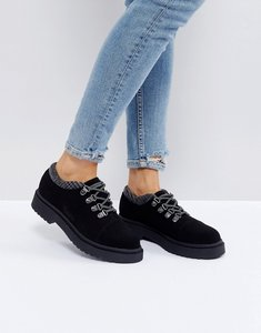 Read more about Asos marcher chunky hiker shoes - black