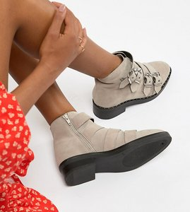 Read more about Asos design wide fit avid leather studded ankle boots - pale grey suede