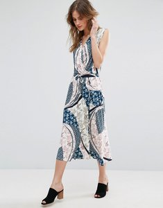 Read more about Warehouse cutabout paisley midi dress - multi
