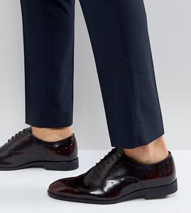 Read more about Asos wide fit oxford brogue shoes in burgundy leather - burgundy