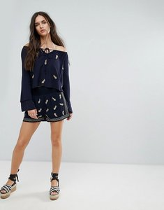 Read more about Missguided pineapple embroidered shorts - navy
