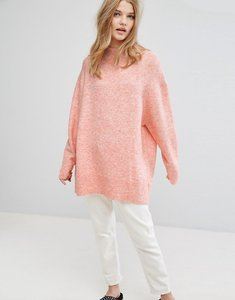 Read more about Weekday fluffy knit jumper - coral melange