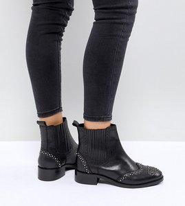 Read more about Asos alma wide fit leather studded chelsea boots - black leather