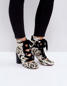 Read more about Asos etheline lace up ankle boots - jacquard