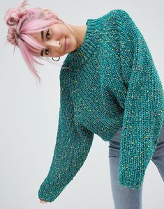 Read more about Asos design jumper in crop with wide sleeve pom pom yarn - green