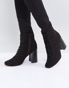 Read more about Asos evonna lace up heeled ankle boots - black