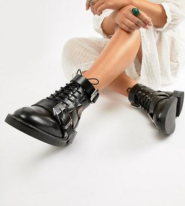 Read more about Asos design wide fit premium archer leather cut out ankle boots - black leather
