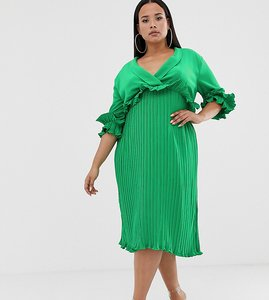 Read more about Prettylittlething plus pleated midi dress with frill detail in green