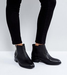 Read more about Asos ample leather zip ankle boots - black leather