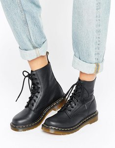 Read more about Dr martens pascal 8 eye boots - black leather