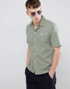 Read more about Fred perry woven pique revere collar shirt in green - green