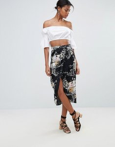 Read more about New look floral jacquard wrap midi skirt - black pattern