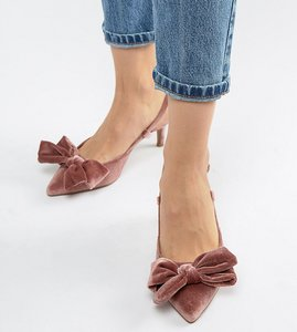 Read more about Asos design wide fit sherry bow kitten heels - pink velvet