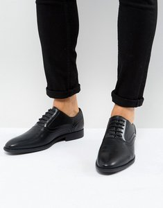 Read more about Asos oxford shoes in black faux leather with emboss detail - black