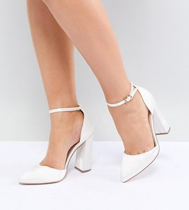 Read more about Asos design pebble wide fit bridal pointed high heels - ivory