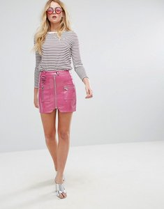 Read more about Asos premium vinyl mini skirt with zip and d ring detail - fuschia