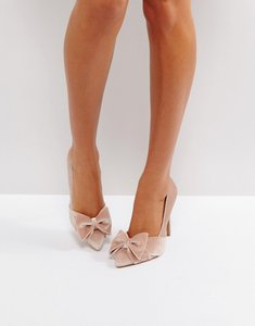 Read more about Asos pretty bow court shoes - pale pink velvet