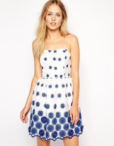 Read more about Asos 3d flower organza prom dress - white blue