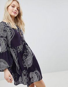 Read more about Glamorous paisley smock dress - navy large paisley