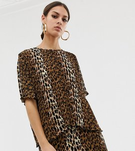 Read more about Na-kd plisse top with leopard print in brown co-ord