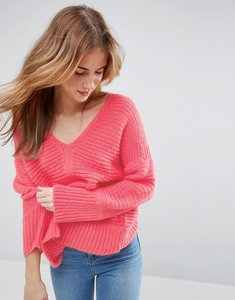 Read more about Asos chunky jumper in fluffy yarn with v neck - bright pink