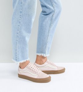 Read more about Vans old skool trainers in pink fuzzy suede with gum sole - pink