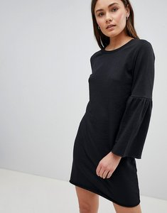 Read more about Jdy prove trumpet sleeve sweater dress - black