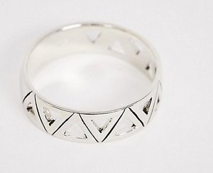 Read more about Designb cut out ring in sterling silver