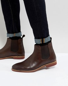 Read more about Asos chelsea boots in brown leather with contrast sole - brown