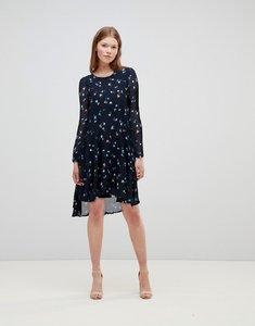 Read more about Vero moda ditsy printed midi dress - nightsky
