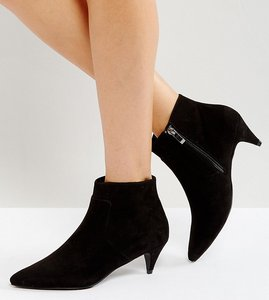 Read more about Asos red carpet wide fit ankle boots - black