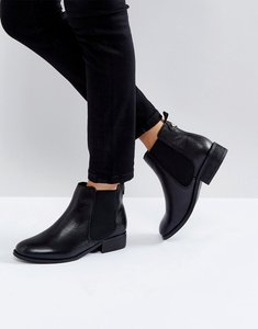 Read more about Carvela leather chelsea boots - black
