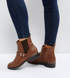Read more about New look wide fit leather look buckle chelsea boots - tan