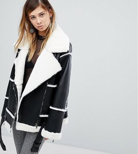 Read more about Monki faux leather shearling biker jacket - black
