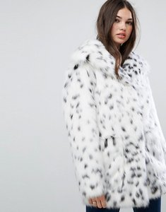 Read more about Asos faux fur jacket in snow leopard - white