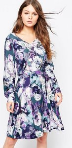 Read more about Closet v-neck long sleeve dress in floral print - multi