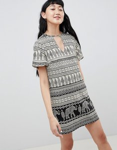 Read more about Daisy street shift dress with notch neck in elephant print - black