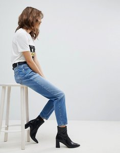 Read more about Selected femme high rise mom jeans - light blue denim
