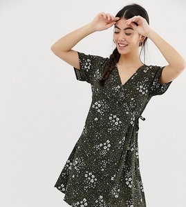 Read more about New look petite wrap dress in animal print