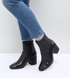 Read more about Asos rosana wide fit leather block heeled boots - black