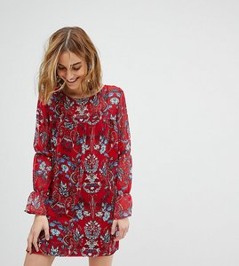 Read more about Reclaimed vintage inspired smock dress in floral - red