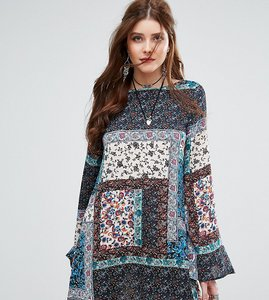 Read more about Missguided patchwork paisley print swing dress - blue