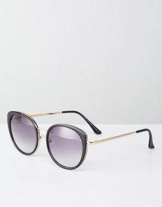 Read more about Stradivarius oversized round sunglasses - black