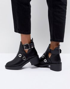Read more about Pimkie cut out heeled ankle boots - black