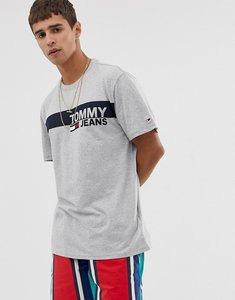 Read more about Tommy jeans essential t-shirt with chest box logo in grey