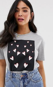 Read more about Wednesday s girl relaxed t-shirt with heart graphic