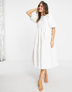 Read more about Asos design jacquard tiered midi dress with bellow pockets in white