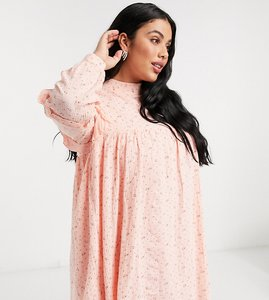 Read more about Daisy street plus long sleeve smock dress in ditsy floral-pink